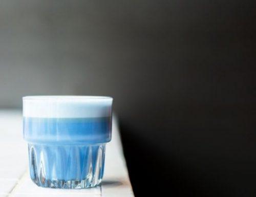Matcha Latte Blu | La ricetta completa