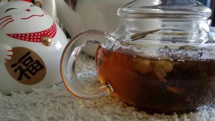 Oriental Beauty Blooming Tea
