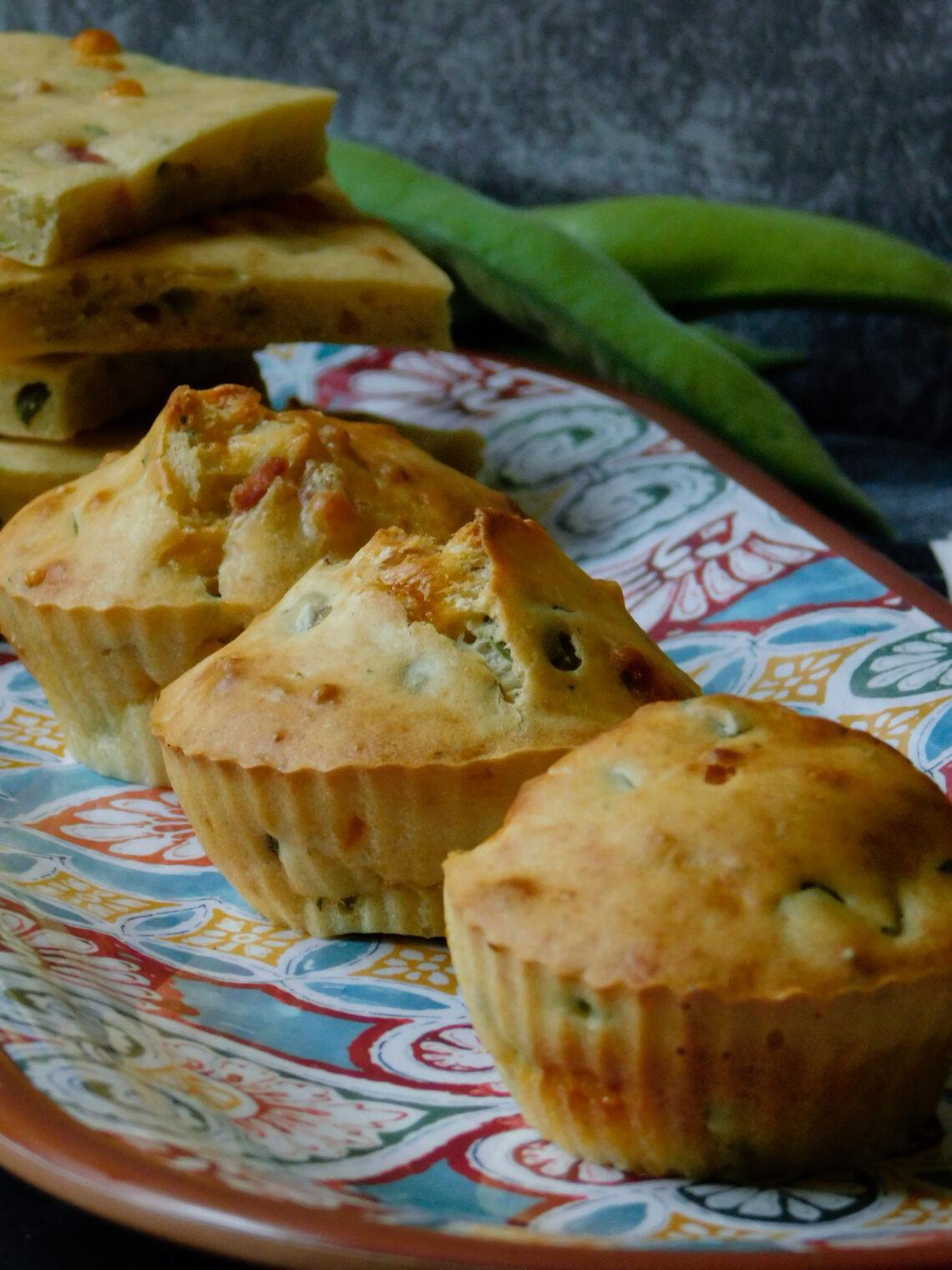 i muffin salati con fave, pancetta e pecorino