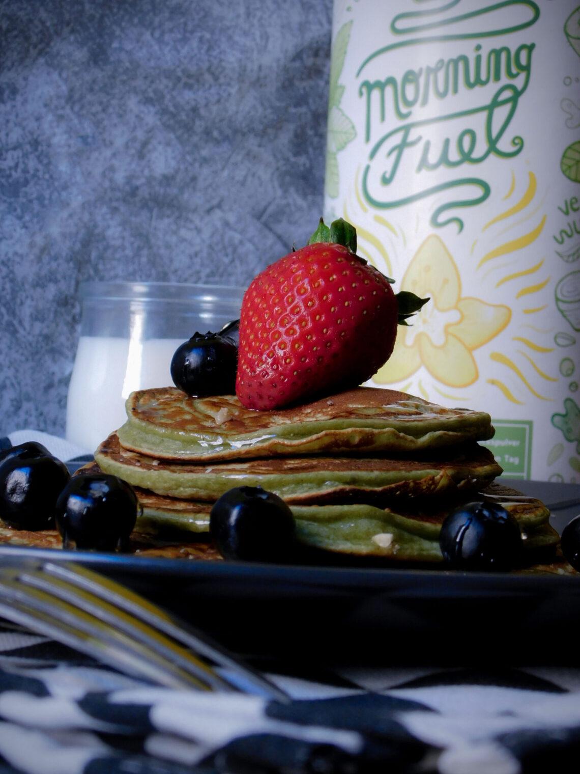 Pancake con matcha alla vaniglia