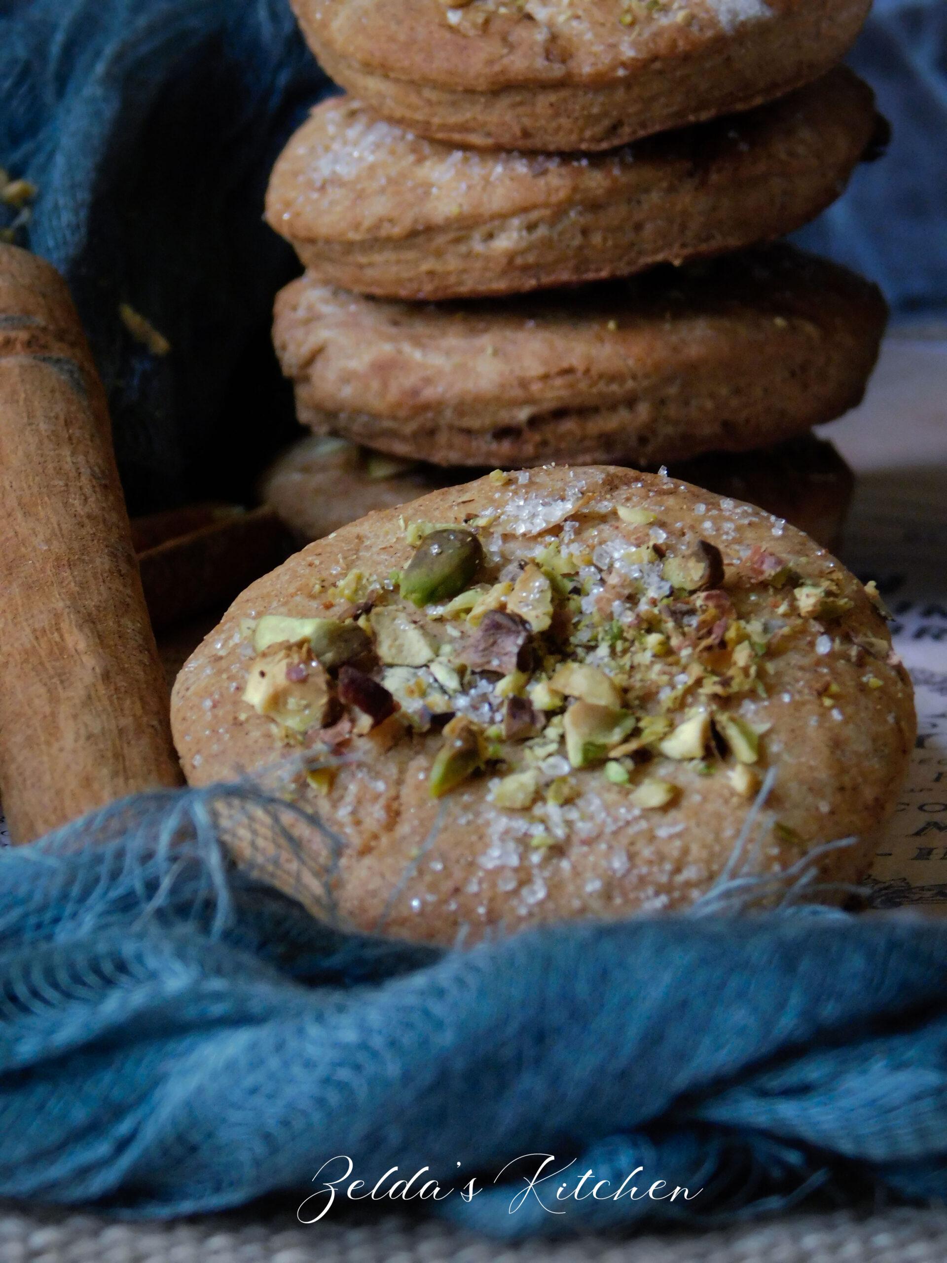 Biscotti alla cannella con granella di pistacchio